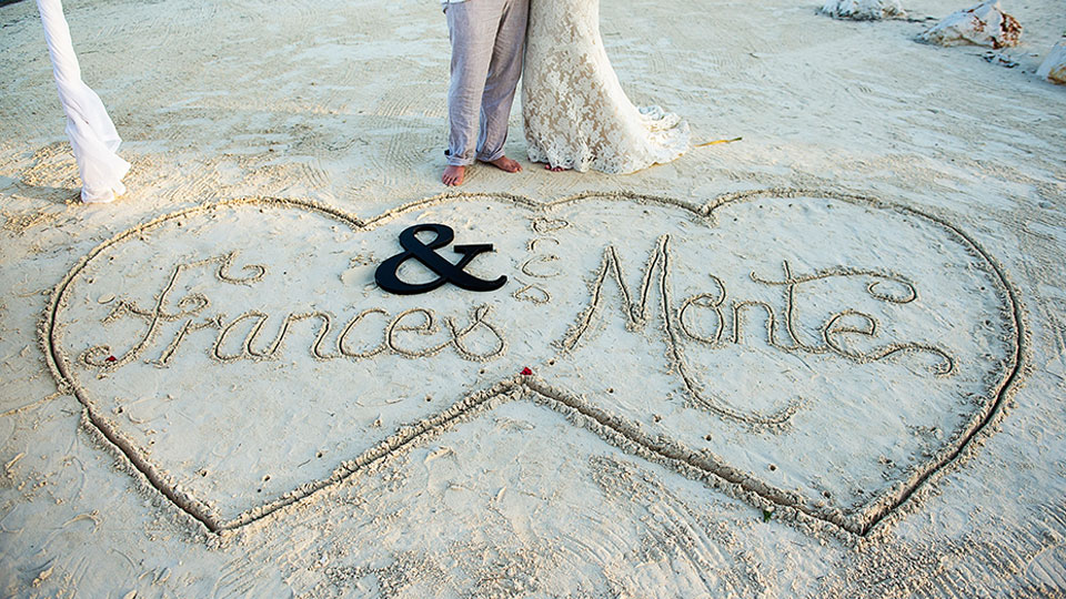 belize beach wedding with sandy point resorts photo by leonardo melendez