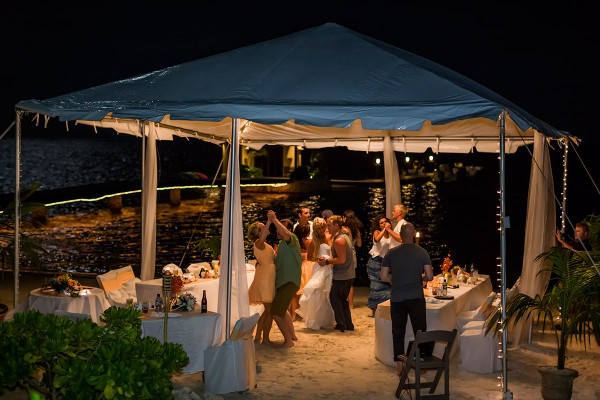 Belize Beach Wedding Coco Resort Photo By Jose Luis Zapata