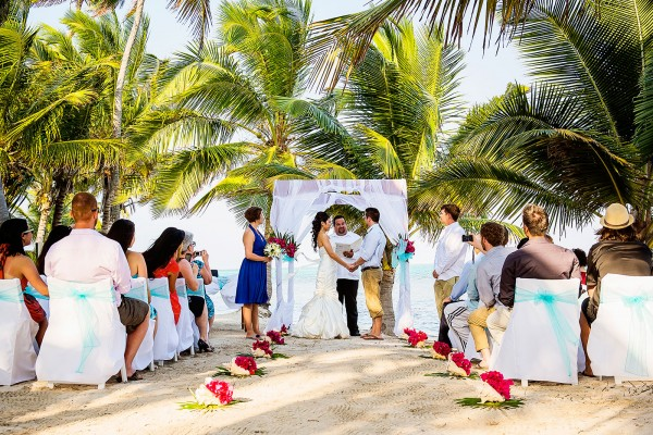 belize wedding belizean shores resort sandy point weddings leonardo melendez