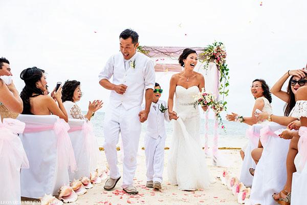 Caribbean Biss Beach Wedding Sandy Point Resorts - photo by Leonardo Melendez