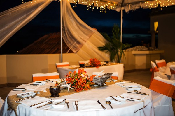 Coco Beach Wedding Seaview Terrace - photo by Jose Luis Zapata