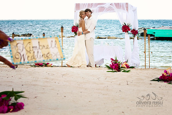 Just the Two of Us Wedding in Belize - photo by Olivera Rusu